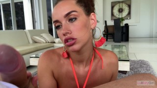 Blowjob From a Girl With Beautiful Eyes and a Wonderful Smile. 4K – POV.