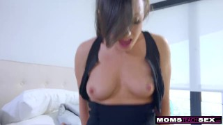 Step-Mom Wakes ing step Son For Cock And Creampie S7:E2